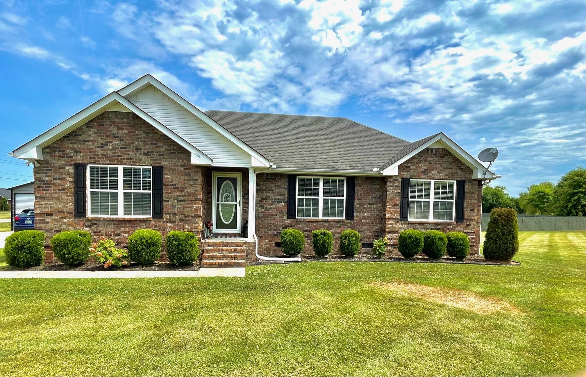 1103 Pinnacle Way Property Photo