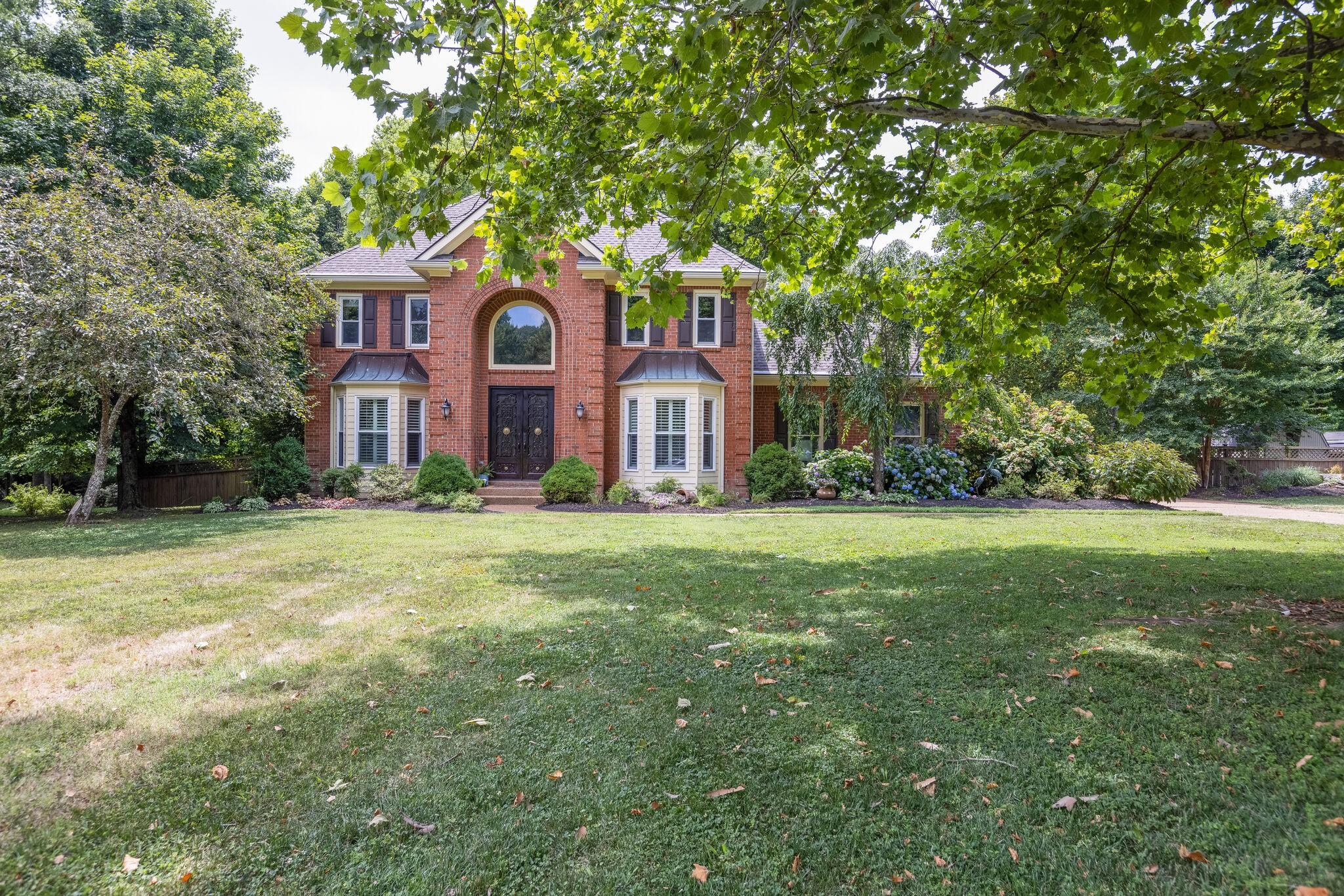 Berkshire Est Real Estate Listings Main Image
