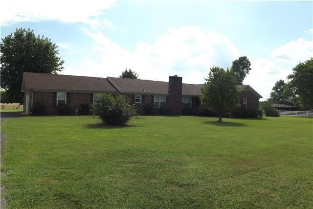 2129 Veterans Pkwy Property Photo 1