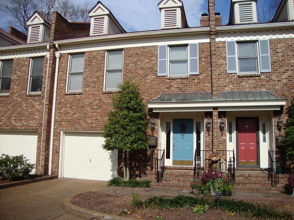 343 East Main Street #343 Property Photo 1
