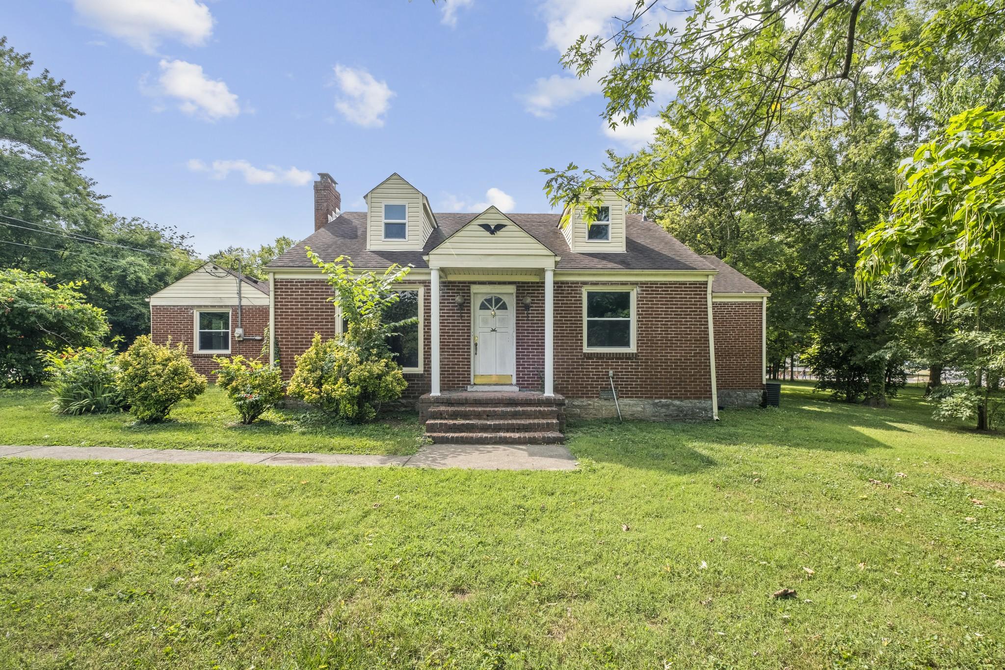 2.3 Real Estate Listings Main Image