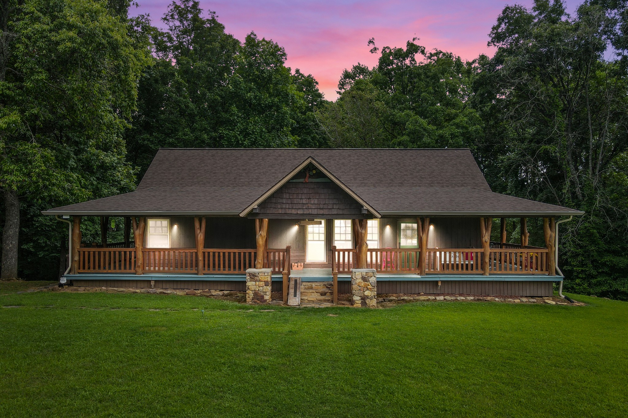 768 Sadlers Chapel Rd Property Photo