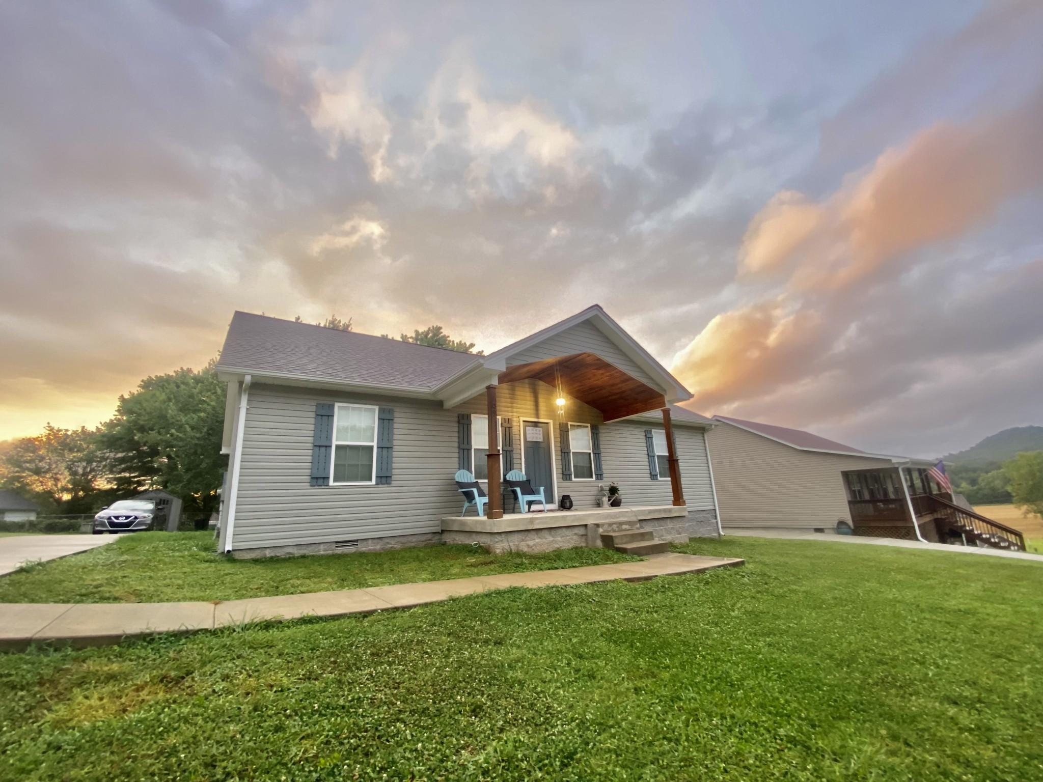 109 Rivercrest Cir Property Photo