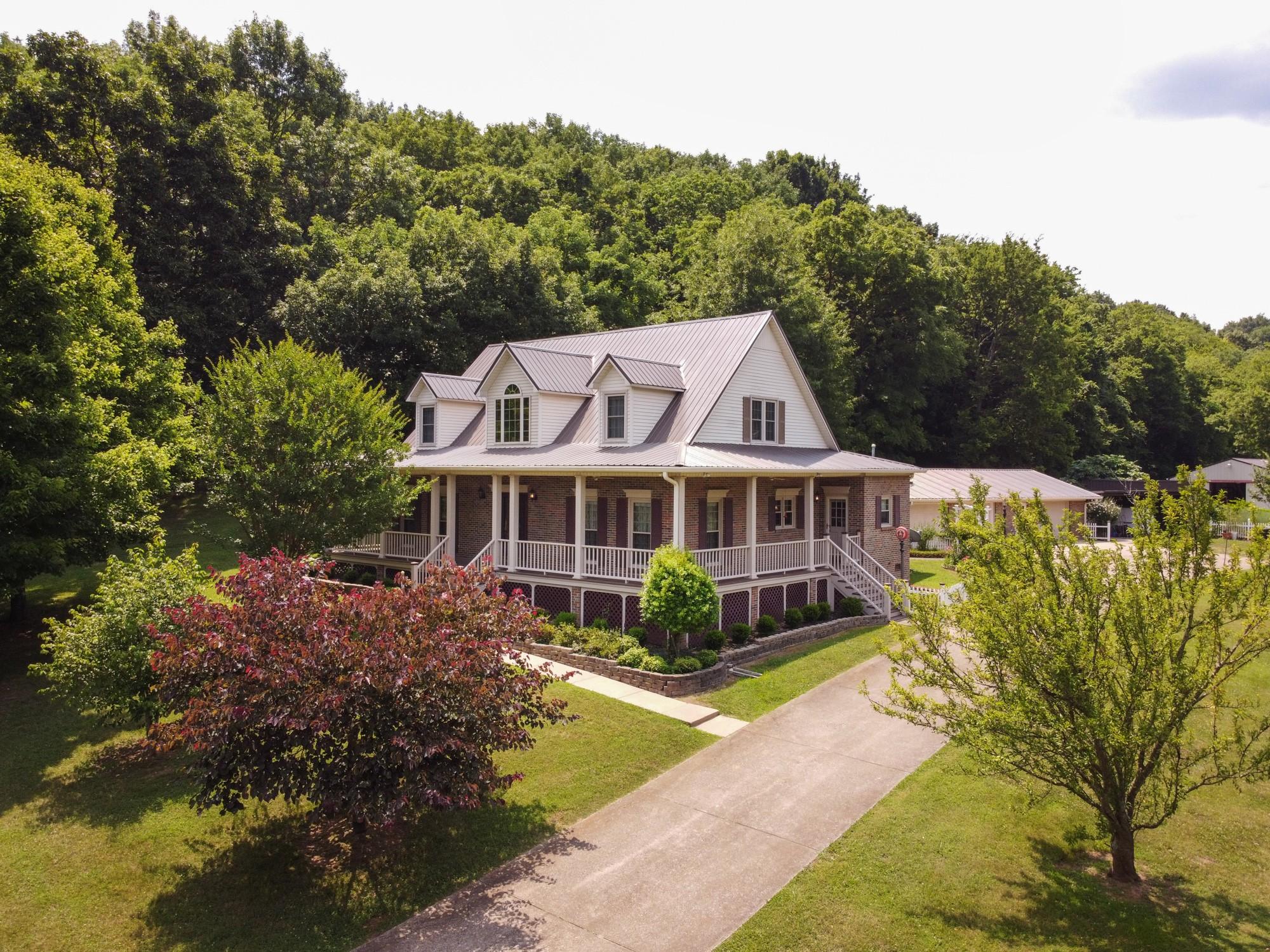 1204 Bobs Ln Property Photo