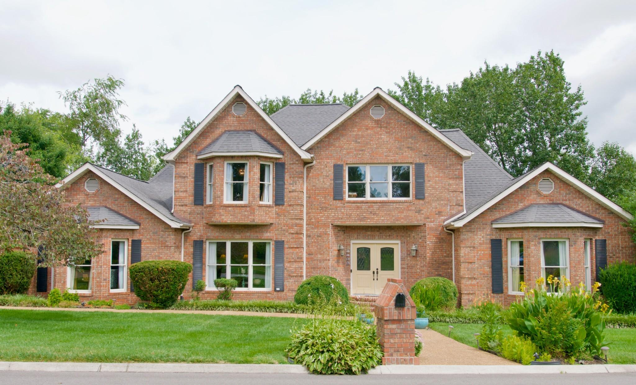 1166 Sheraton Dr Property Photo