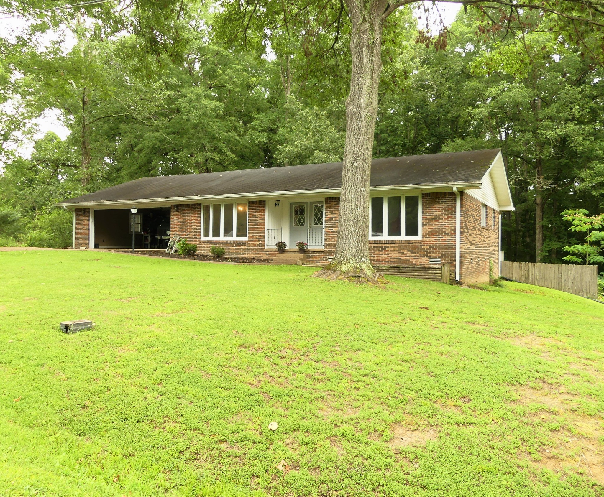 413 Northwood St Property Photo