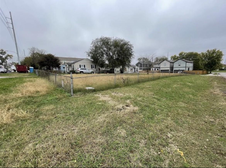 5211 Louisiana Ave Property Photo