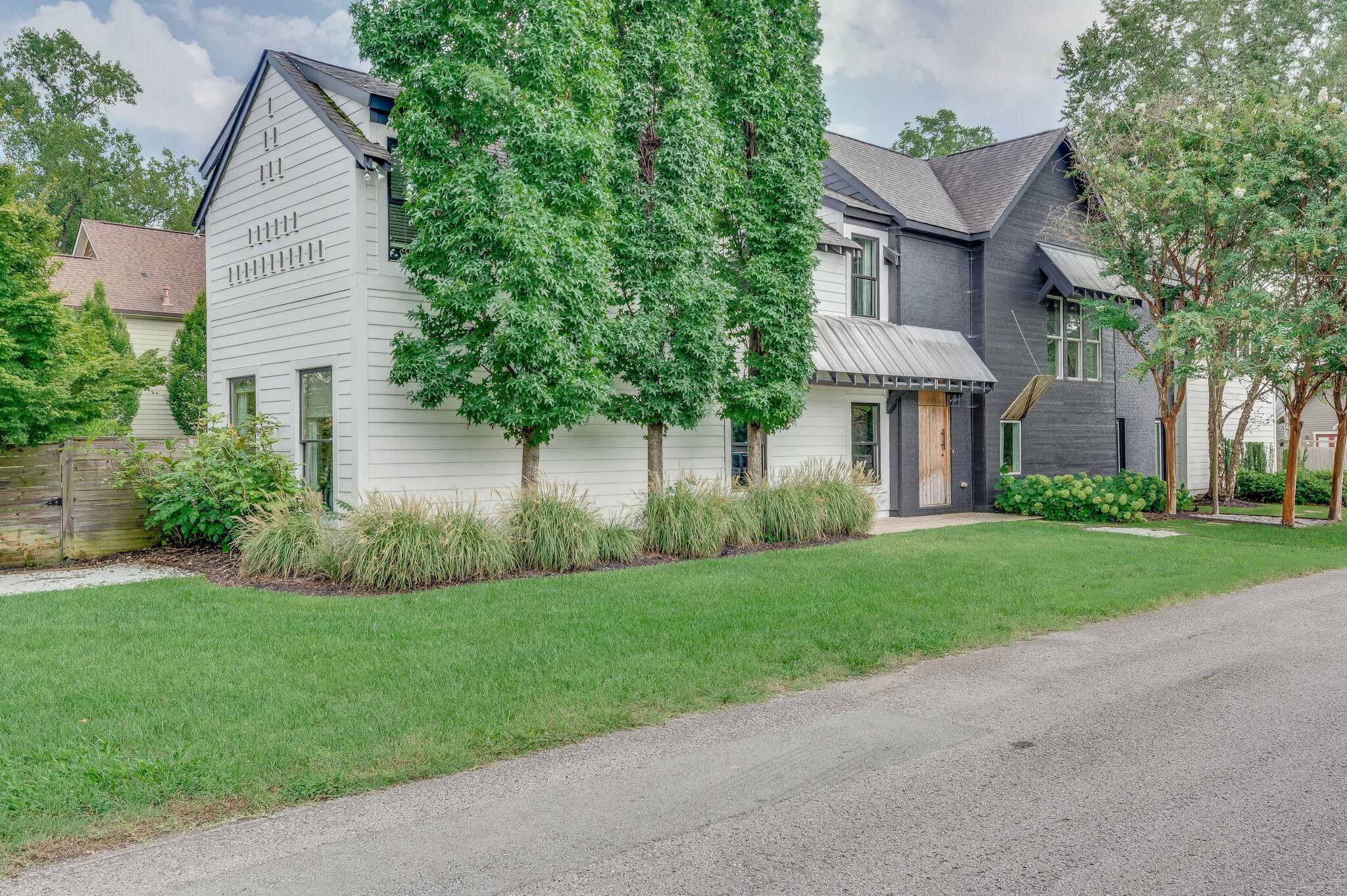 1017 Halcyon Ave Property Photo 1