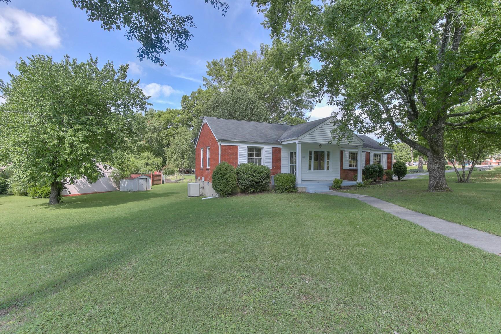 4311 Saunders Ave Property Photo
