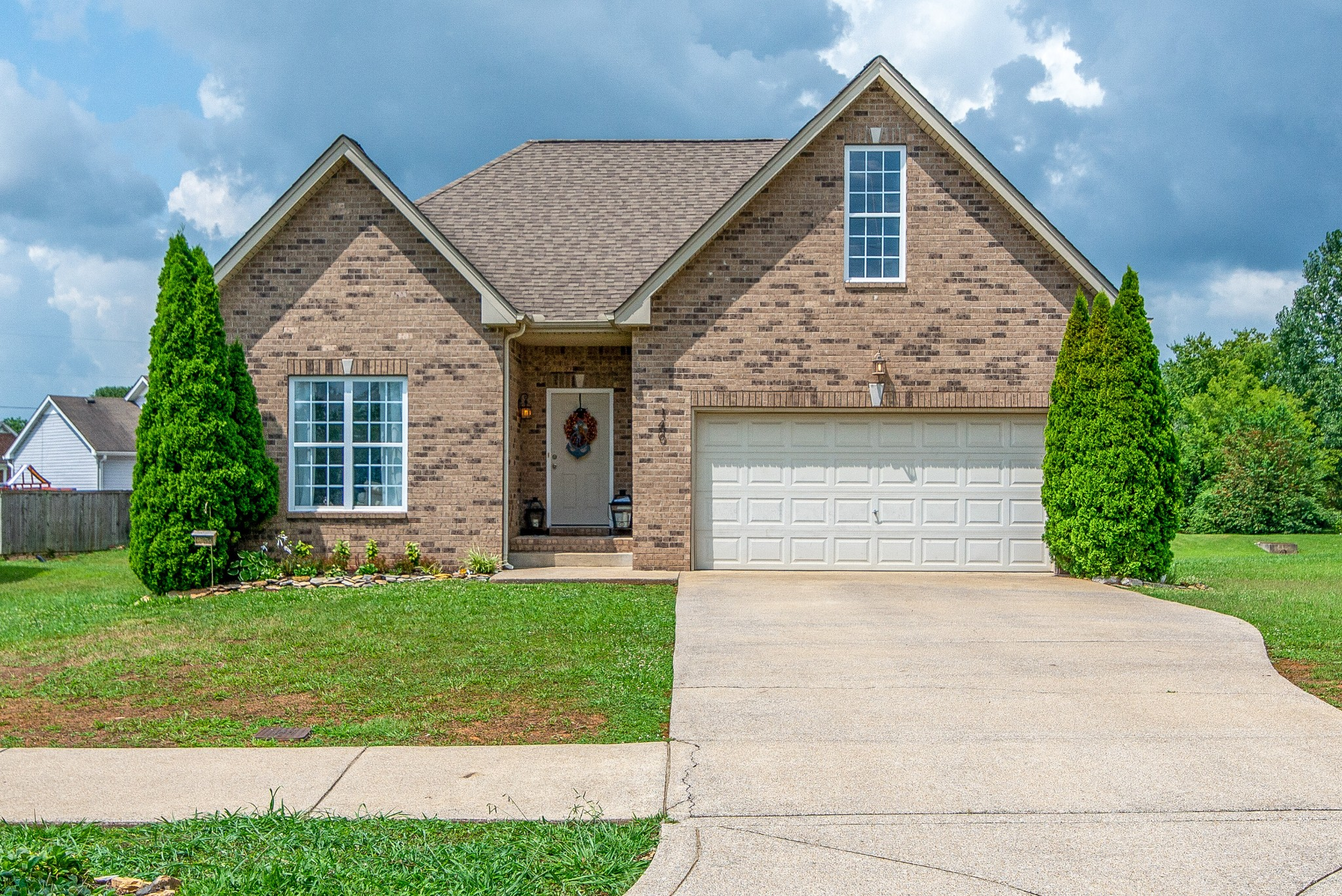 Allison Acres Ph2 Real Estate Listings Main Image