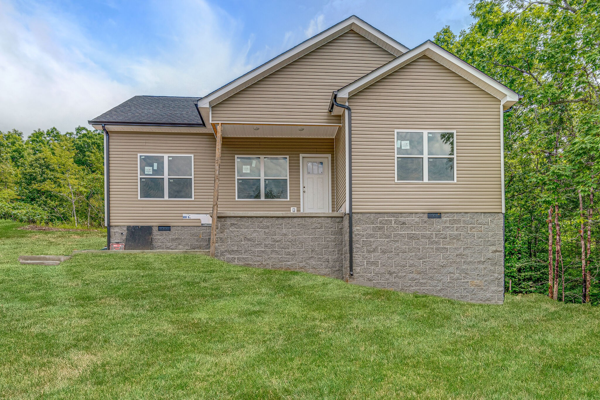 2590 N Hurricane Creek Rd(tr.5) Property Photo