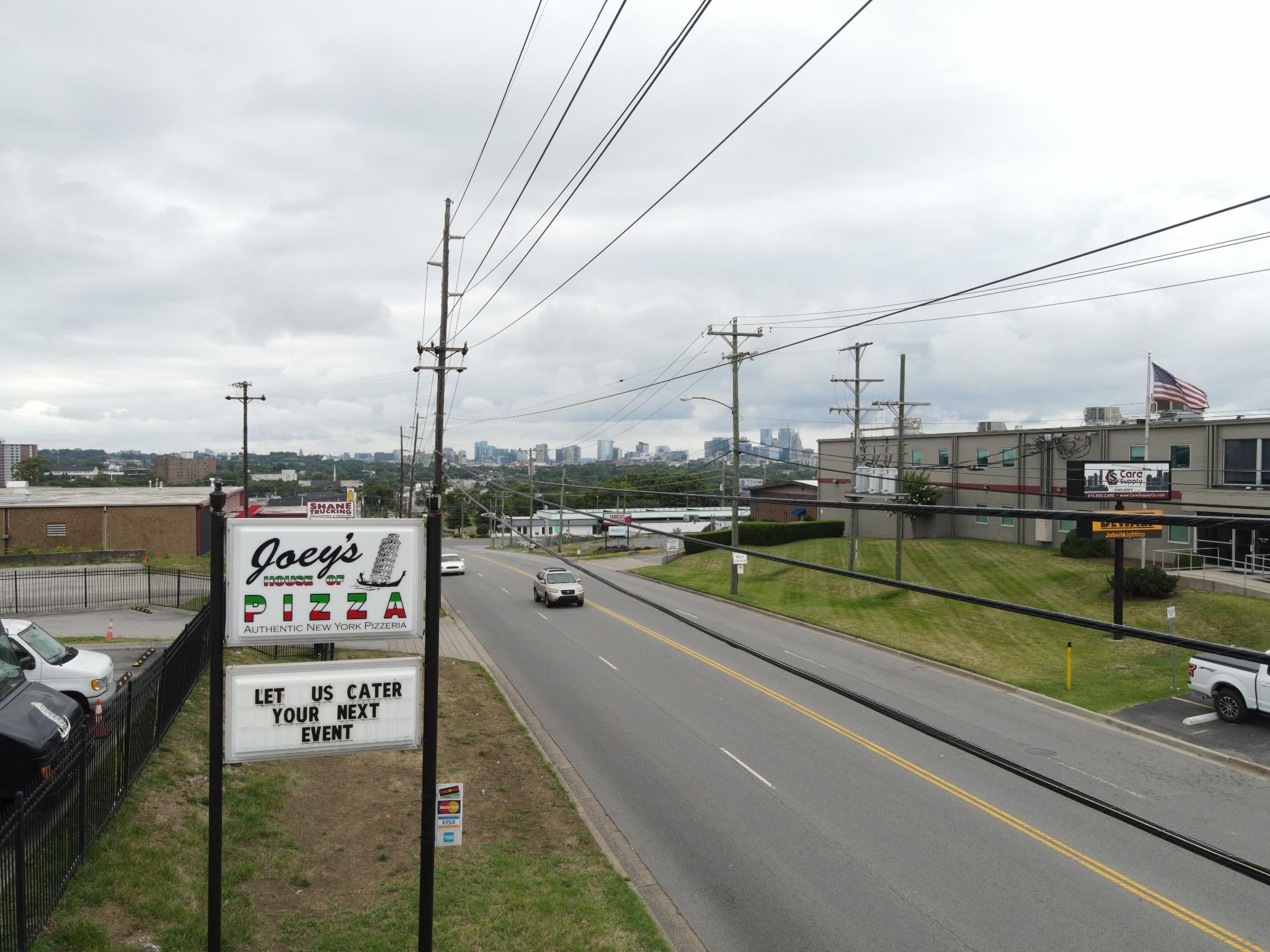 897 Elm Hill Pike Property Photo