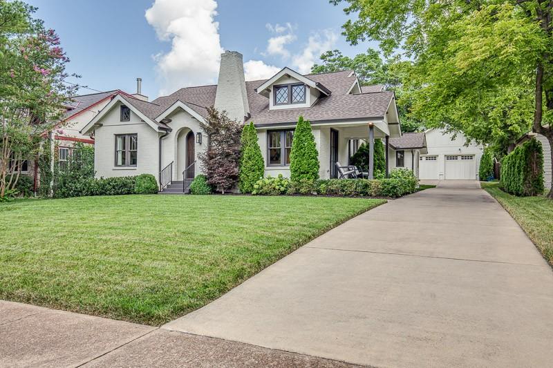 2534 Ashwood Ave Property Photo