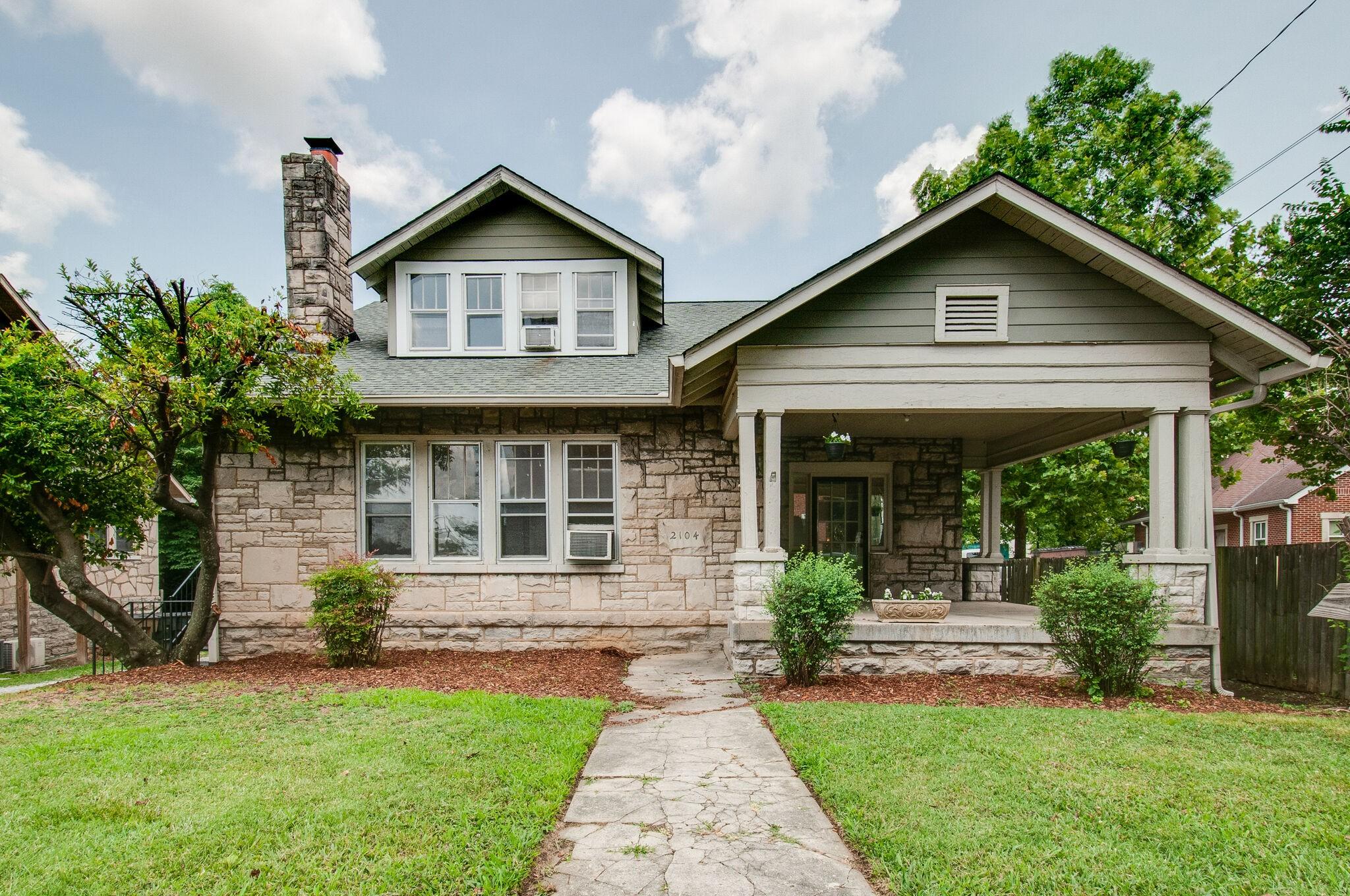21st Avehillsboro Village Real Estate Listings Main Image