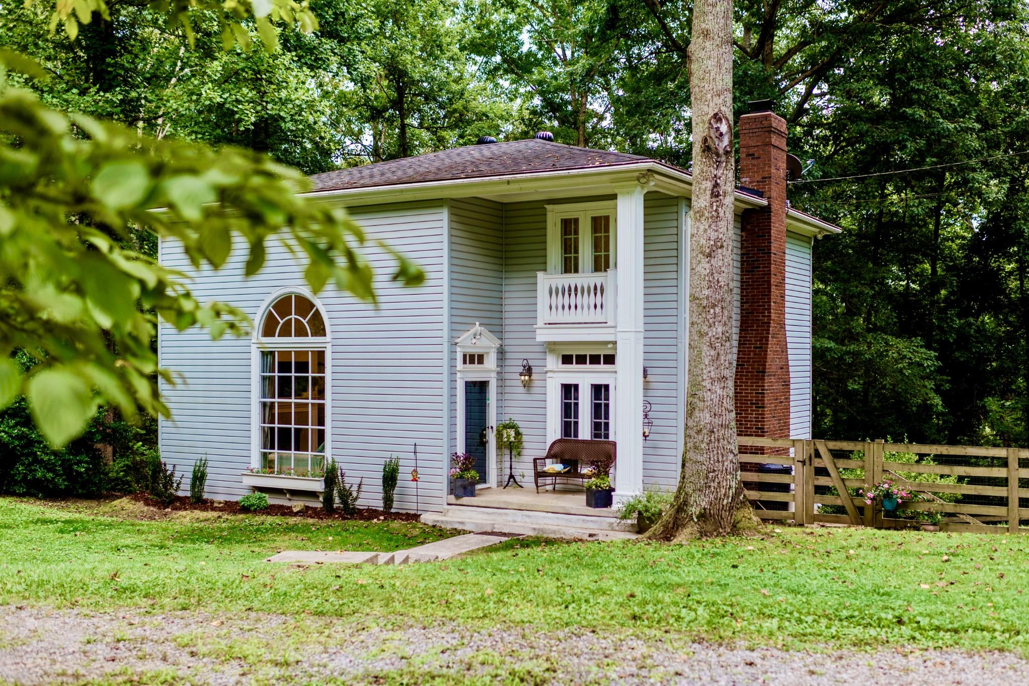 1040 Deer Ridge Rd Property Photo