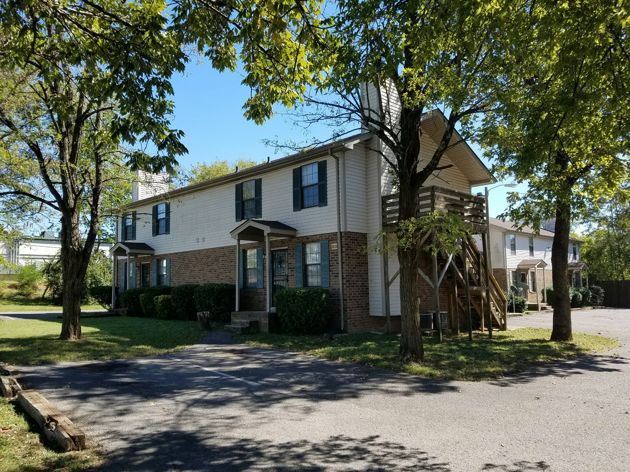 1105a Westchester Drive Property Photo