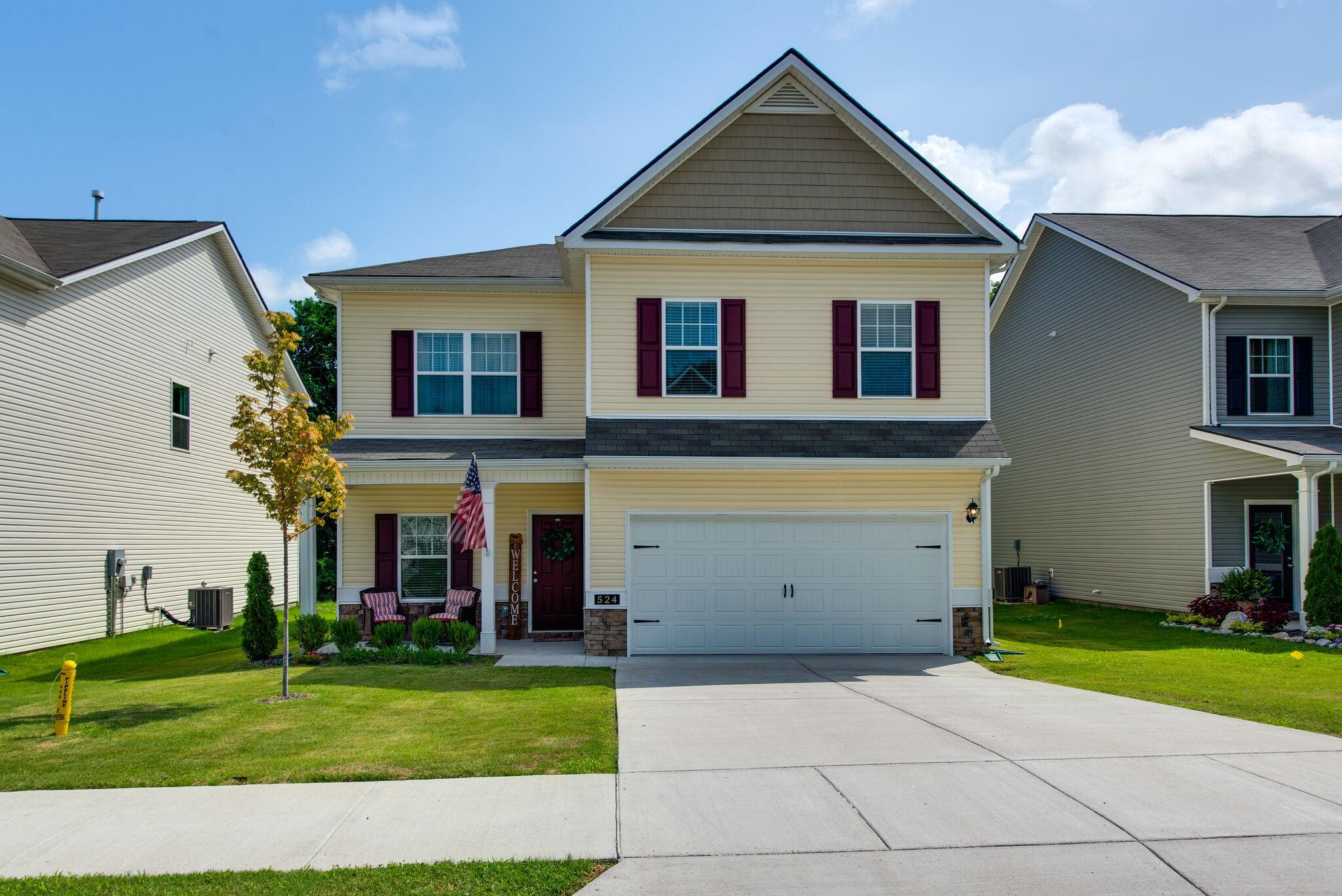 Autumn Brook Real Estate Listings Main Image
