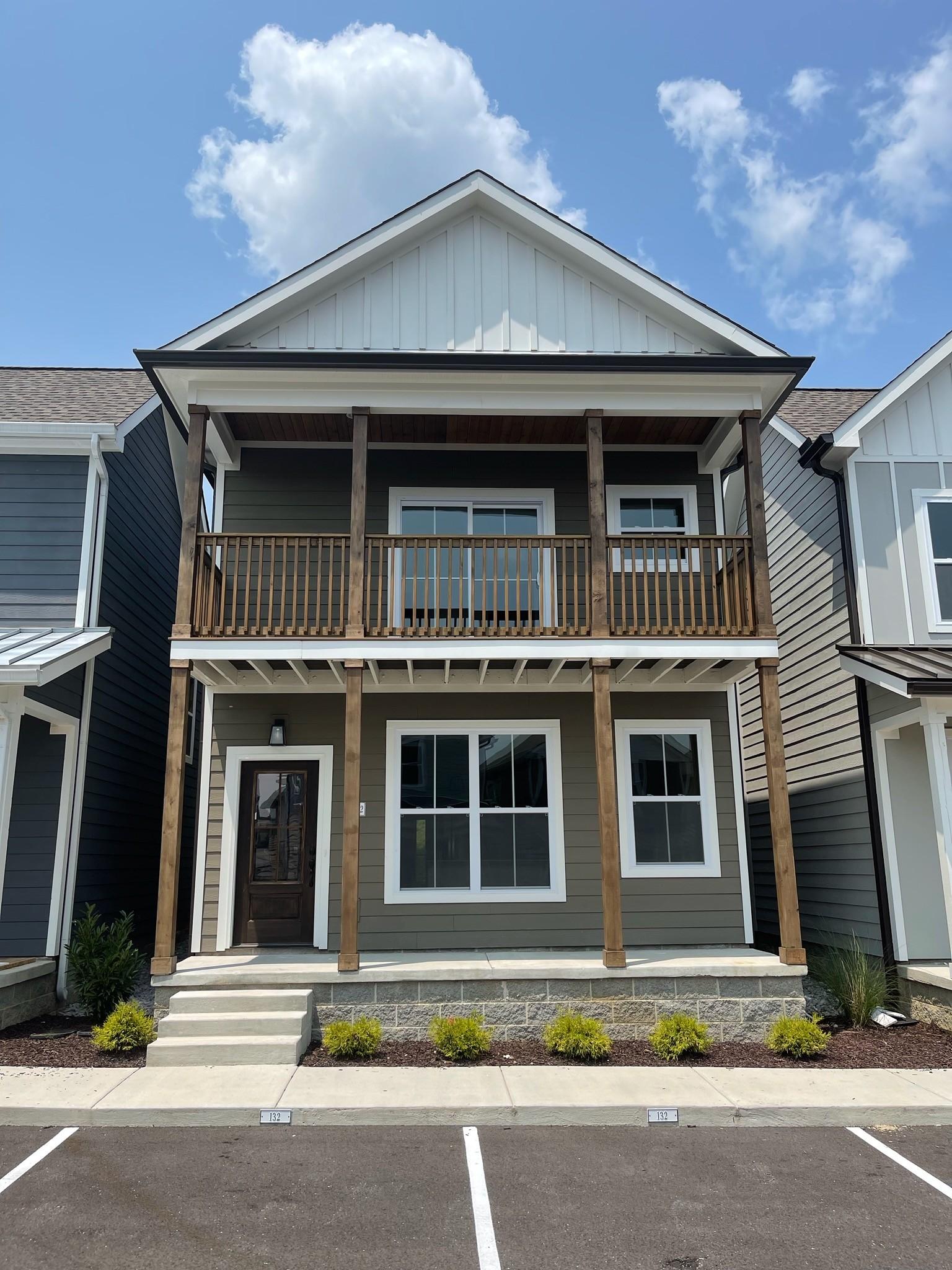 700 Broad Real Estate Listings Main Image