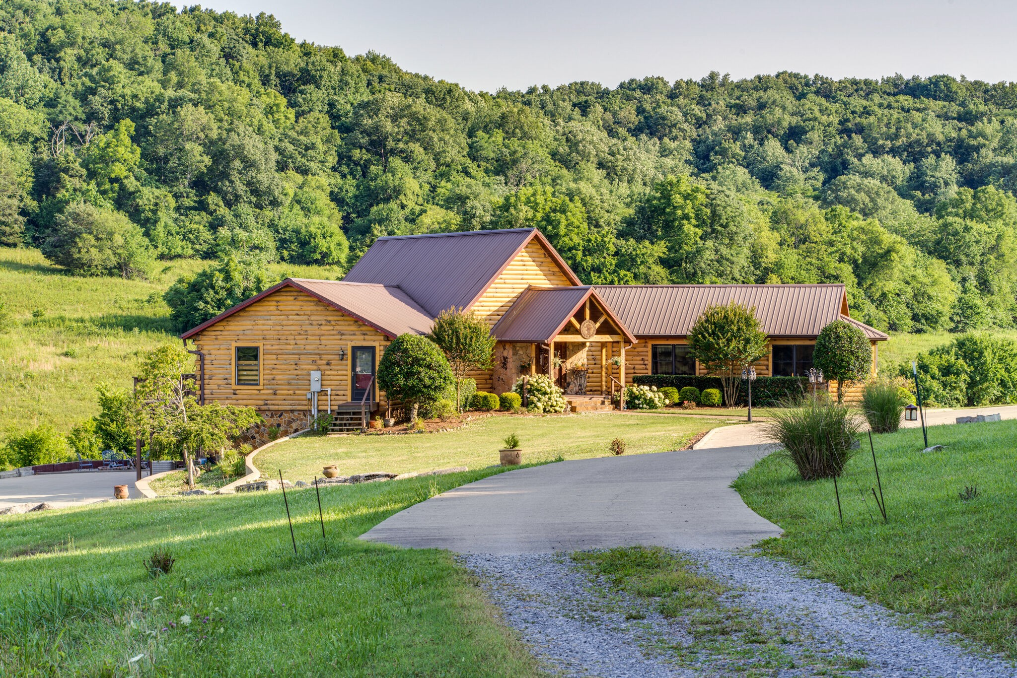 37016 Real Estate Listings Main Image