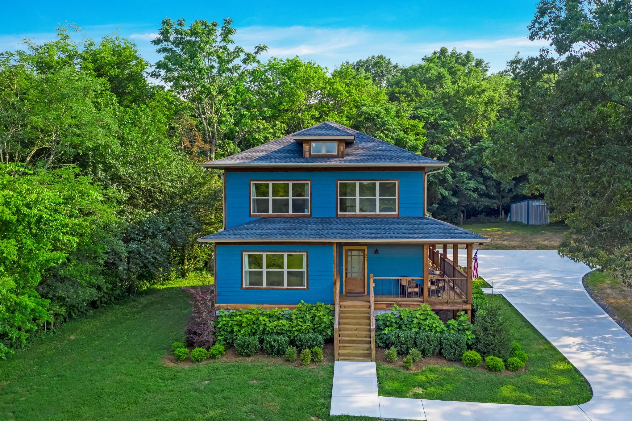 323 Vantrease Ln S Property Photo 1