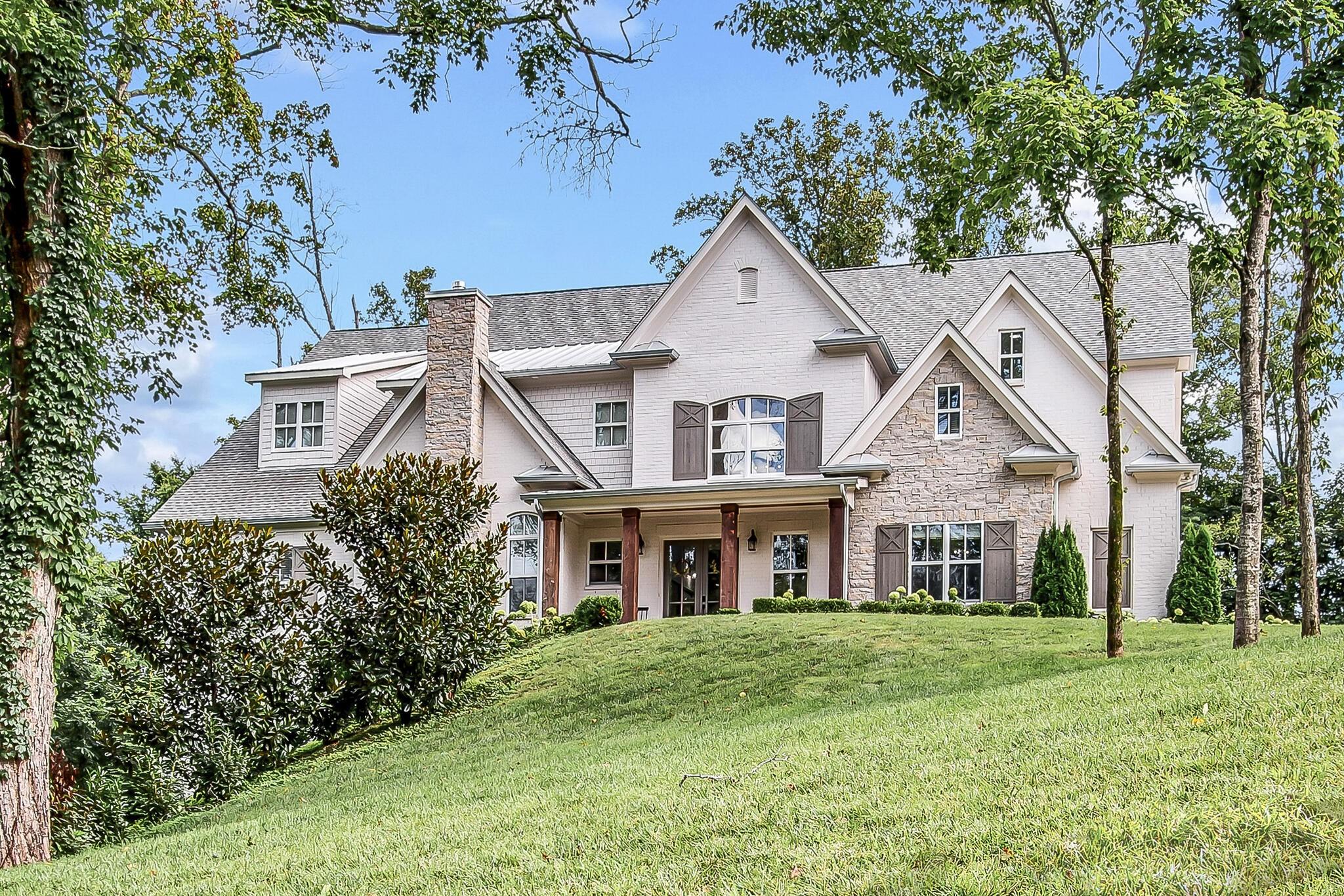 9619 Mitchell Place Property Photo 1