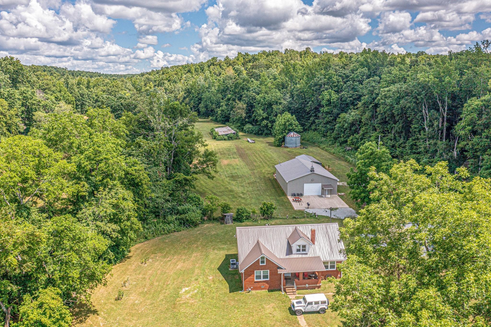 2466 E Blue Creek Rd Property Photo