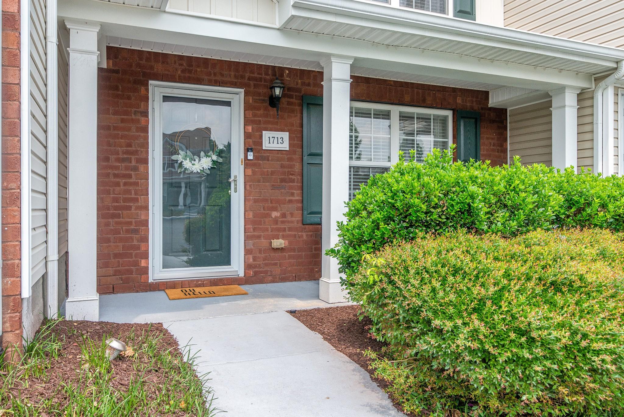 Barnes Crossing Real Estate Listings Main Image