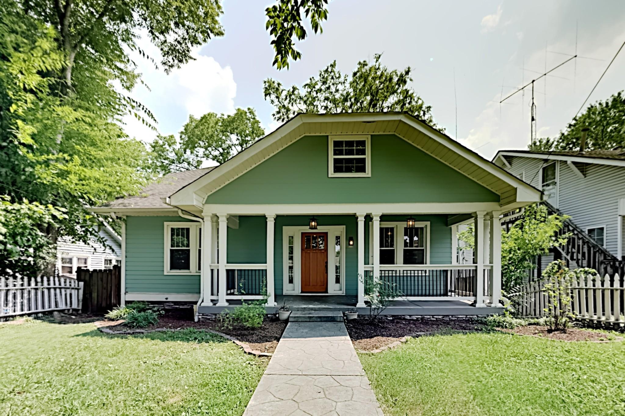 1038 W Greenwood Ave Property Photo
