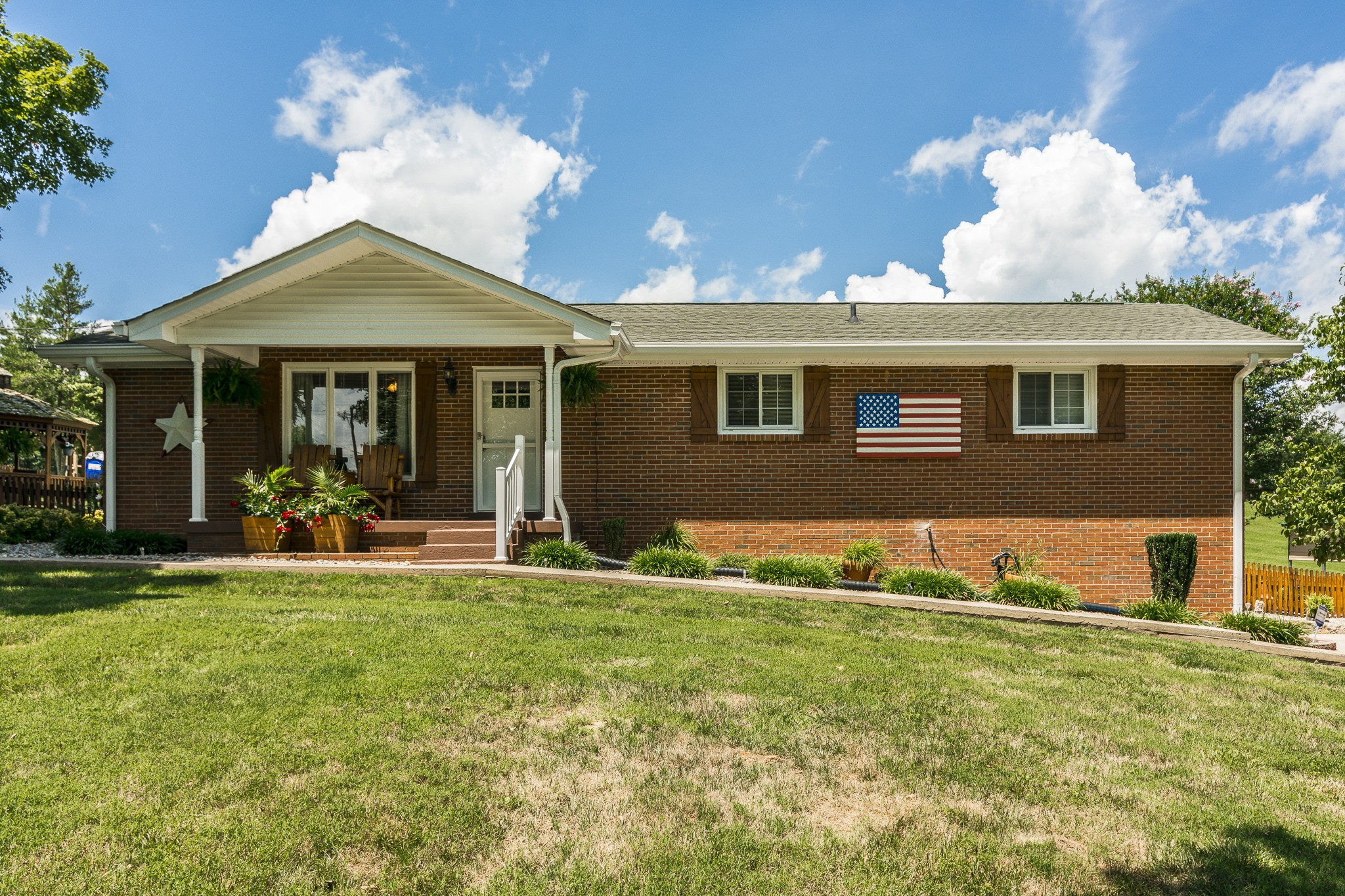 7253 Bidwell Rd Property Photo