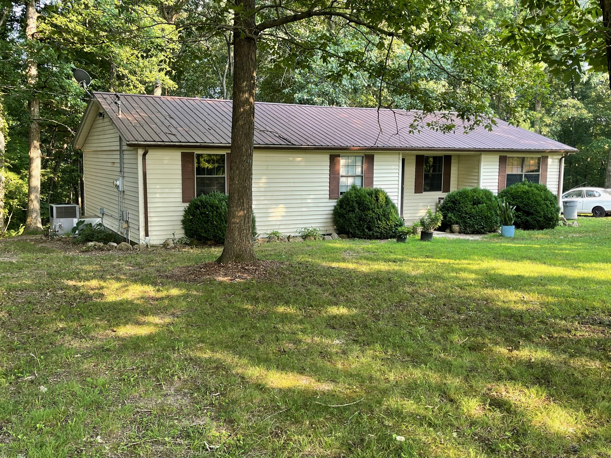 370 Buck Perry Rd Property Photo