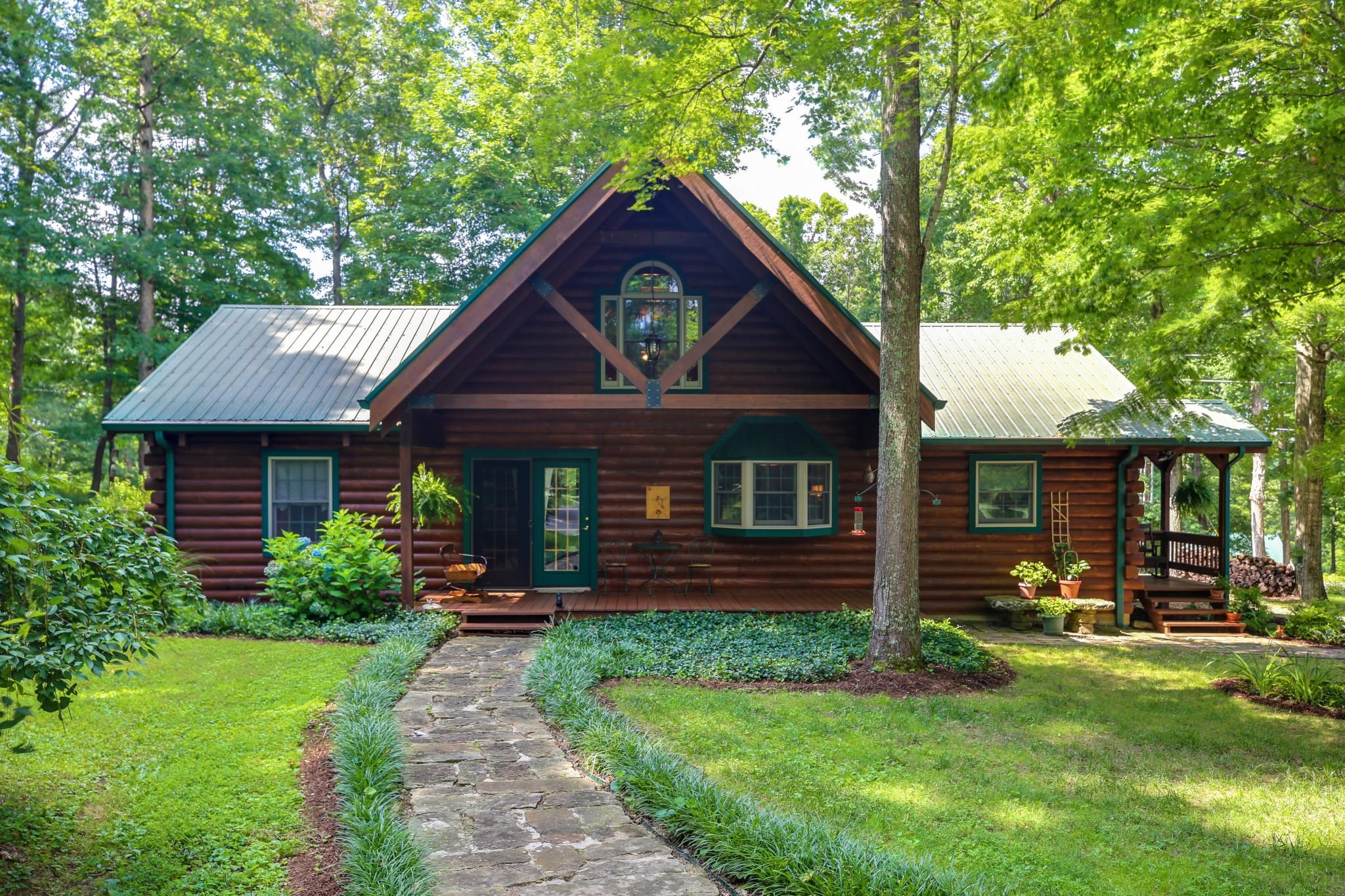 38541 Real Estate Listings Main Image