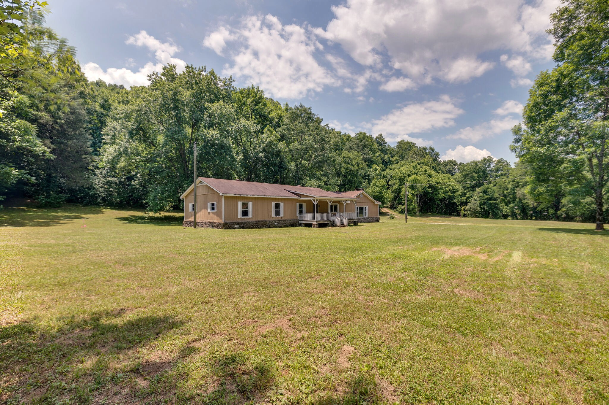 3767 Taylors Store Rd Property Photo
