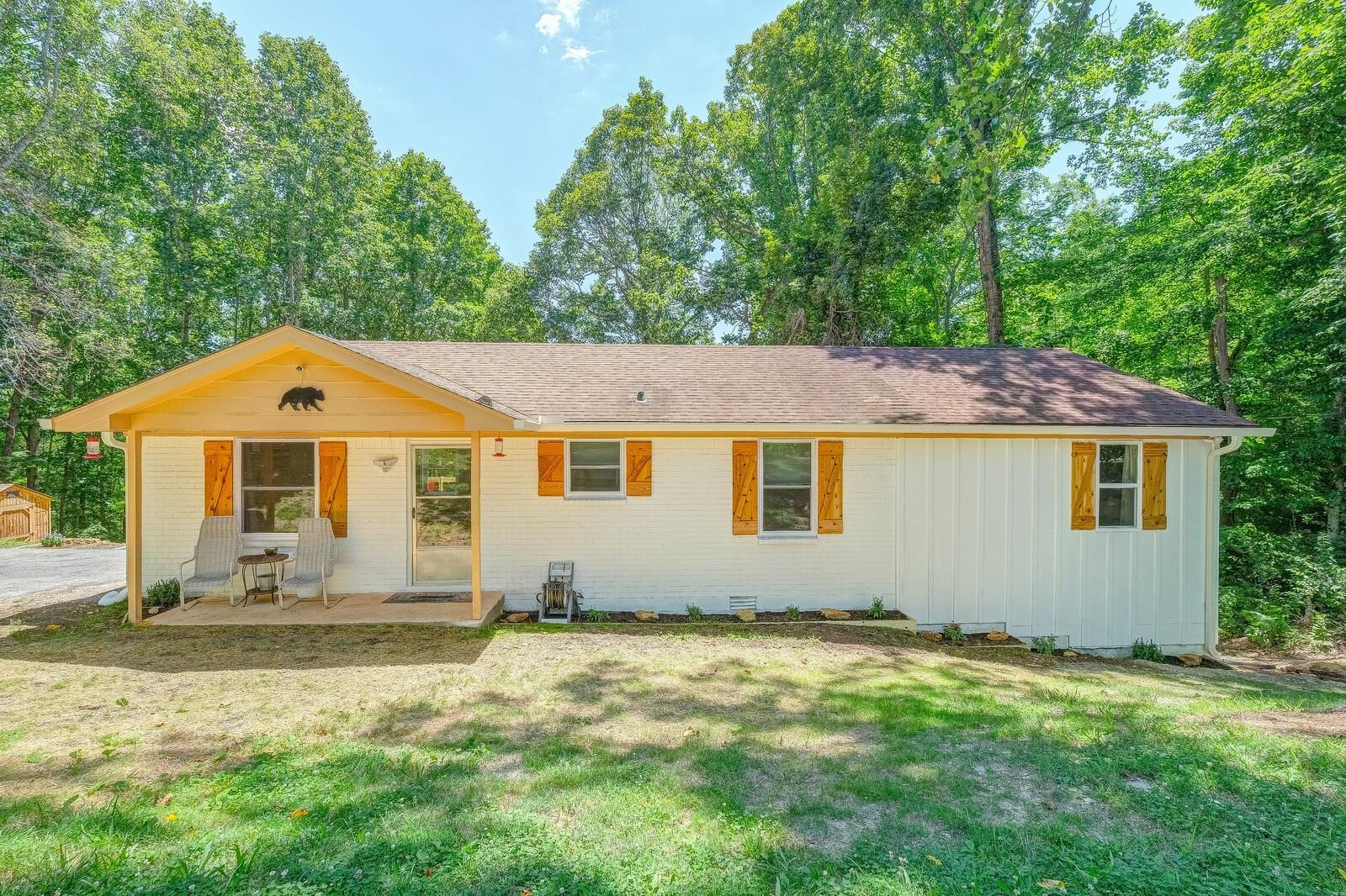 8235 Old Pond Creek Rd Property Photo