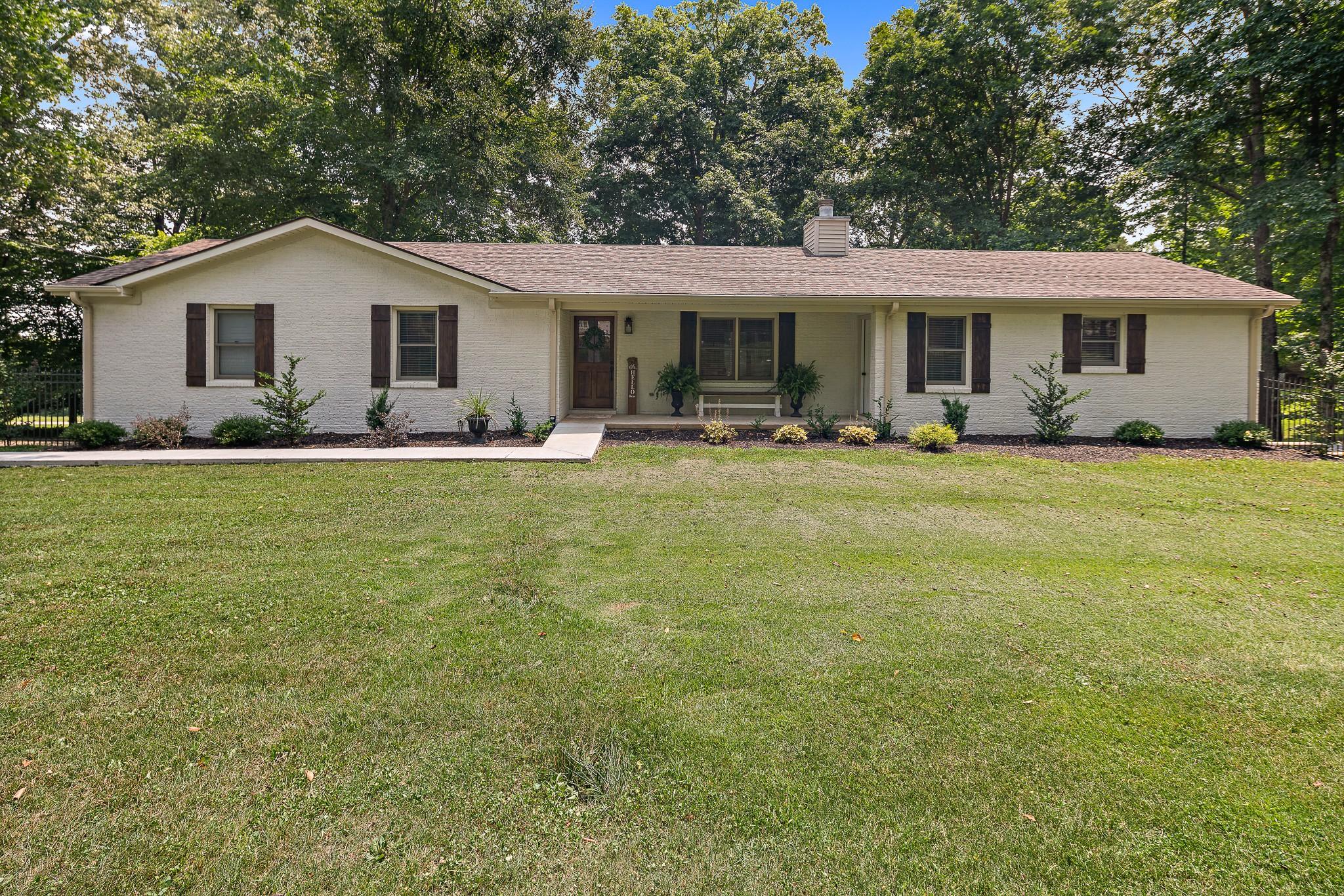 384 Peach Ave Property Photo