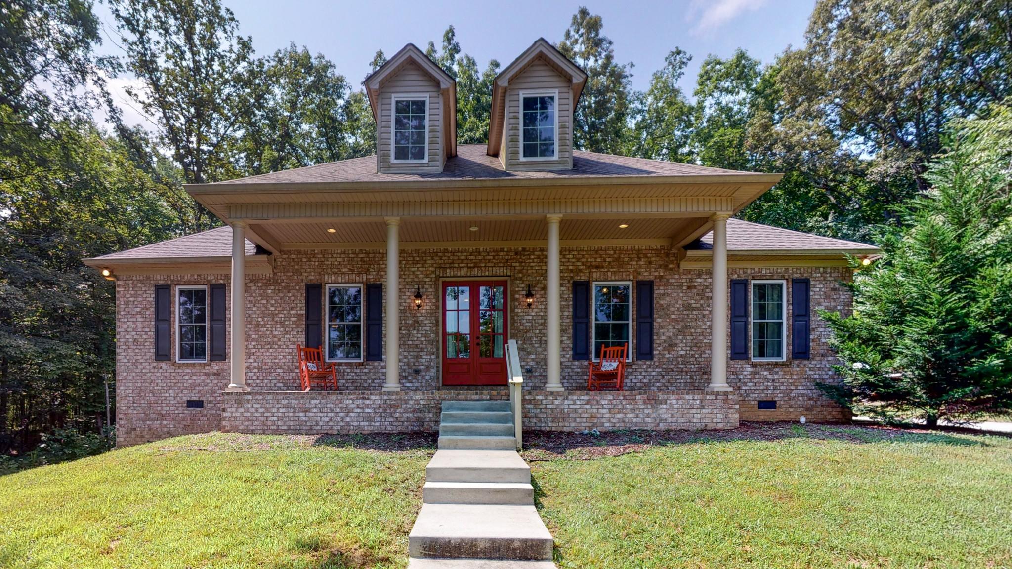 108 Brook Hollow Ct Property Photo