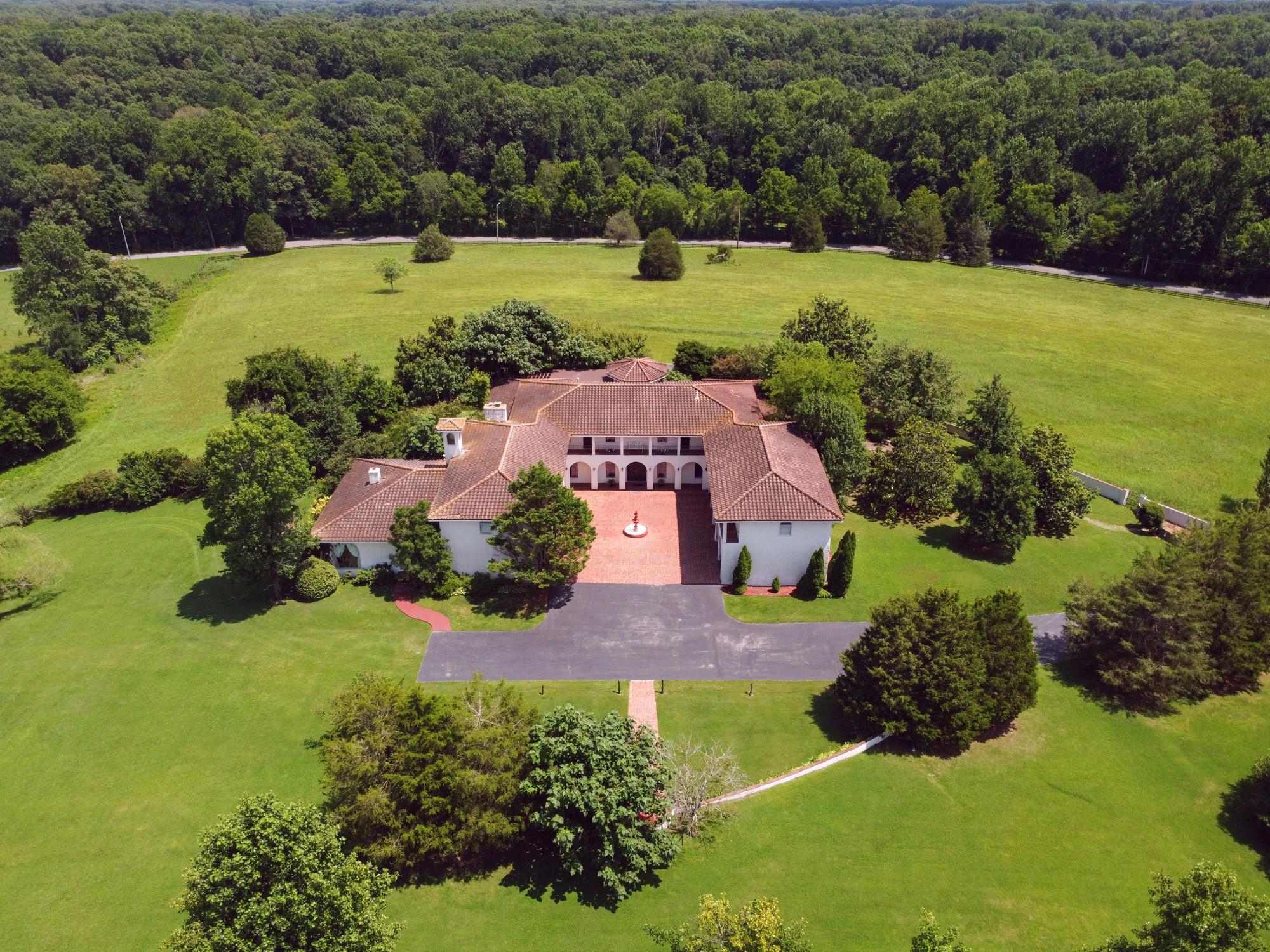 2335 Ovoca Rd Property Photo