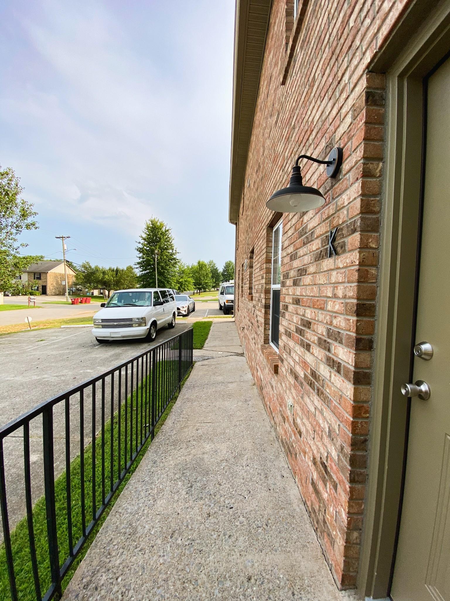 124 Ballygar St #k Property Photo