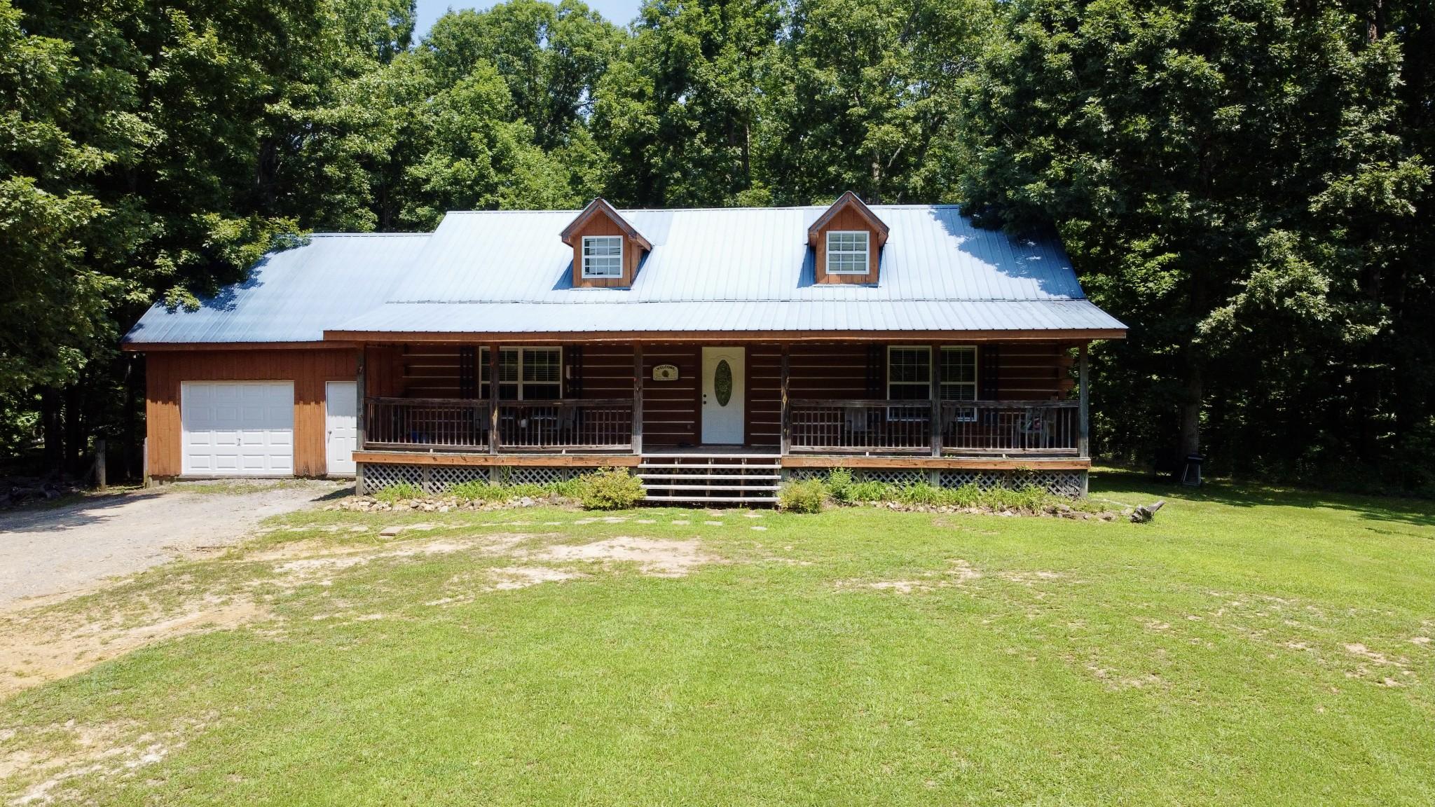 700 Limekiln Rd Property Photo