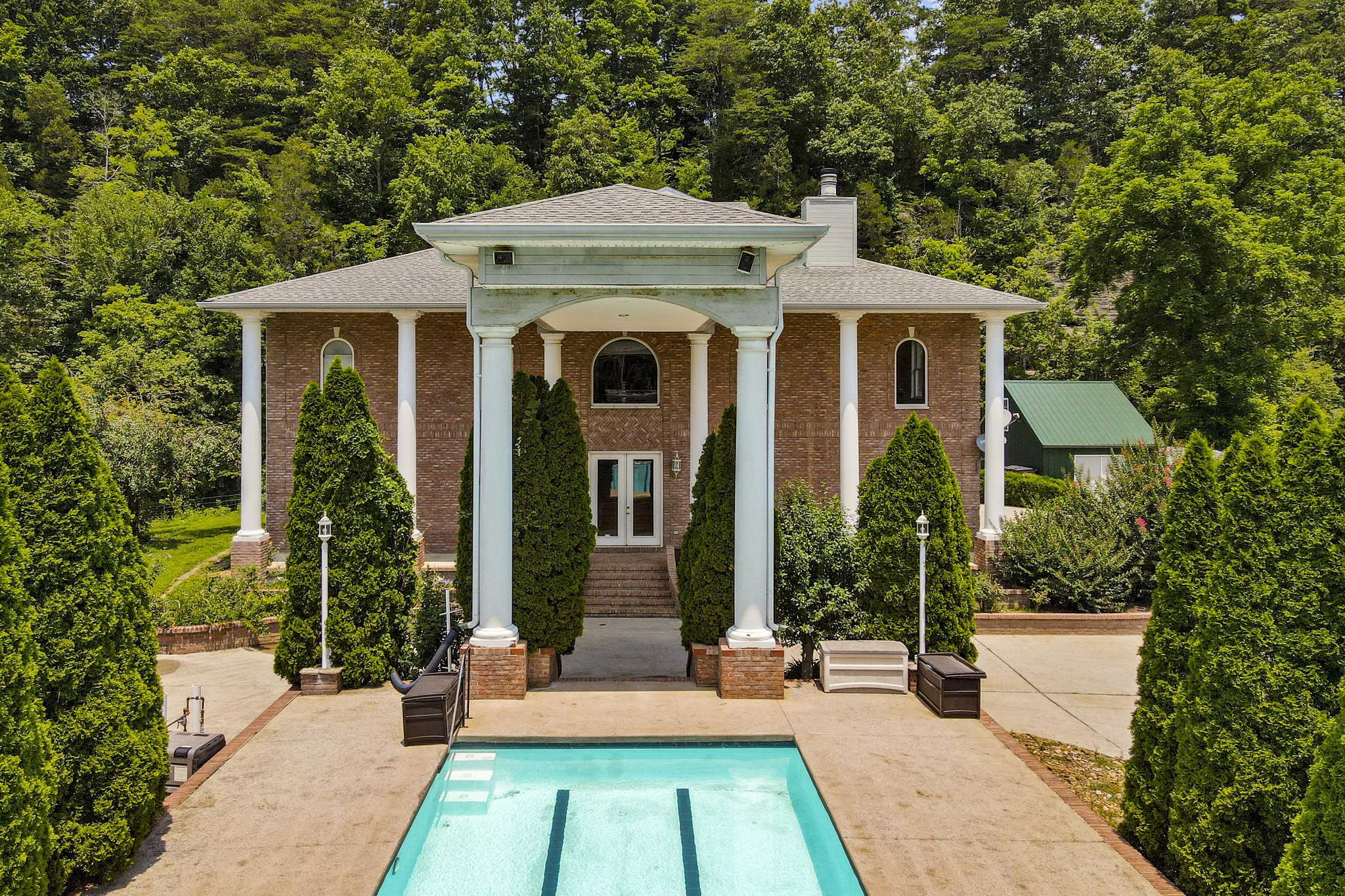 Bon Aqua Real Estate Listings Main Image