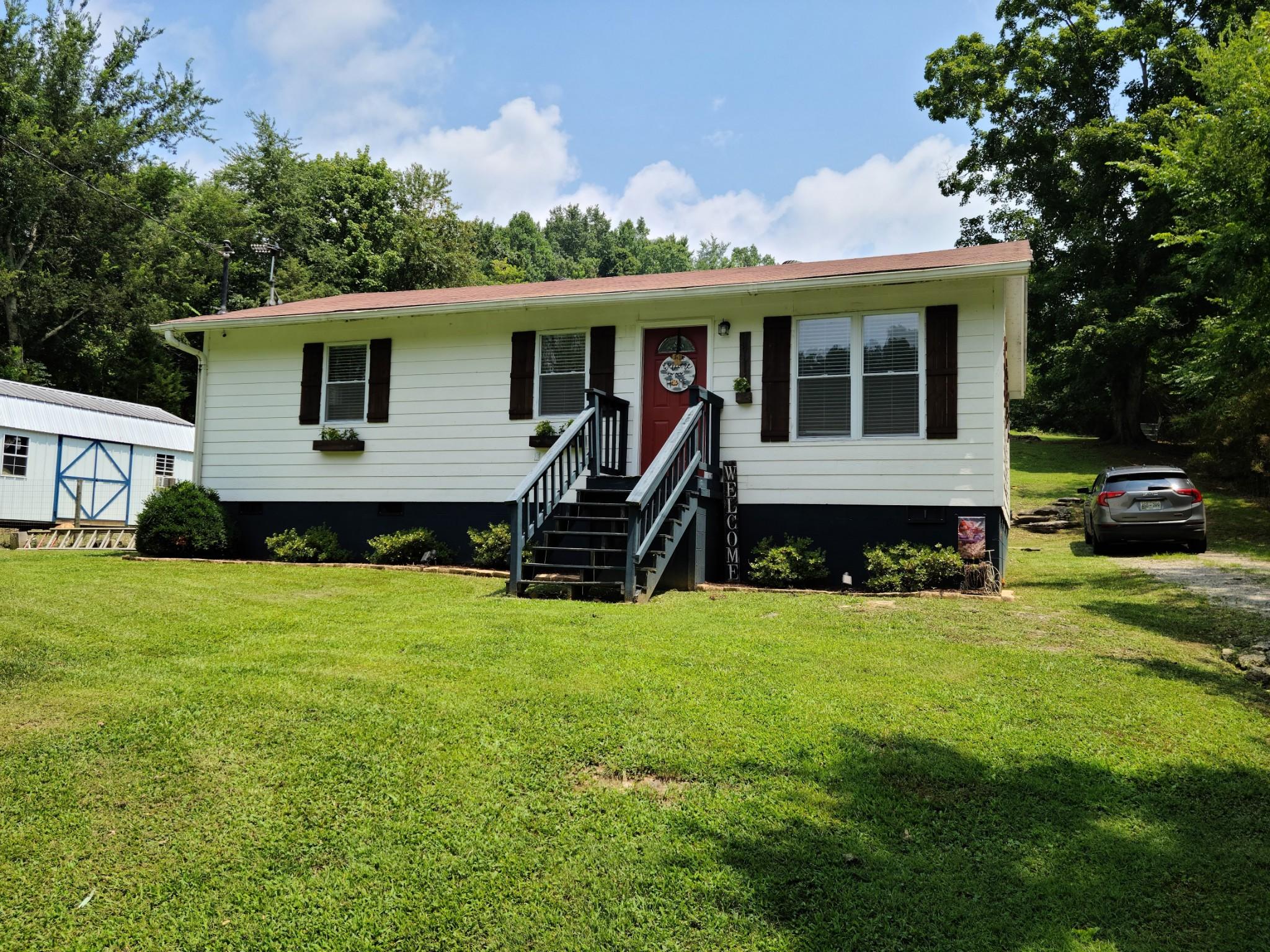 14316 Campbellsville Rd Property Photo