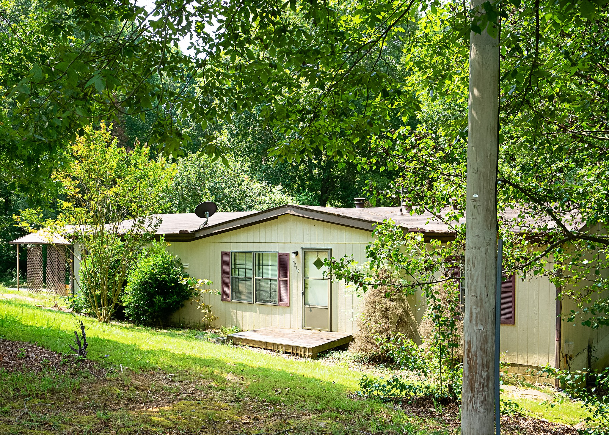 4210 Marthas Chapel Rd Property Photo