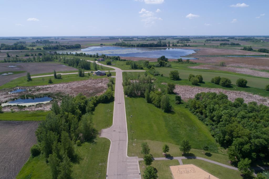 140 Lake Erin Drive Property Photo - Green Isle, MN real estate listing