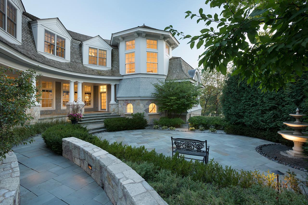 55305 Real Estate Listings Main Image