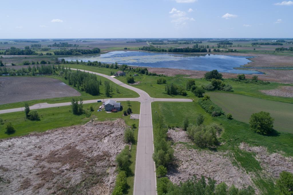 350 Lake Erin Drive Property Photo - Green Isle, MN real estate listing