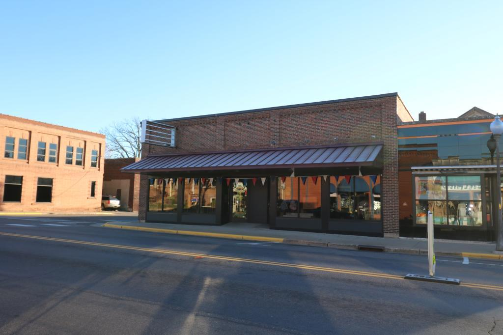 1296 2nd Avenue Property Photo - Cumberland, WI real estate listing