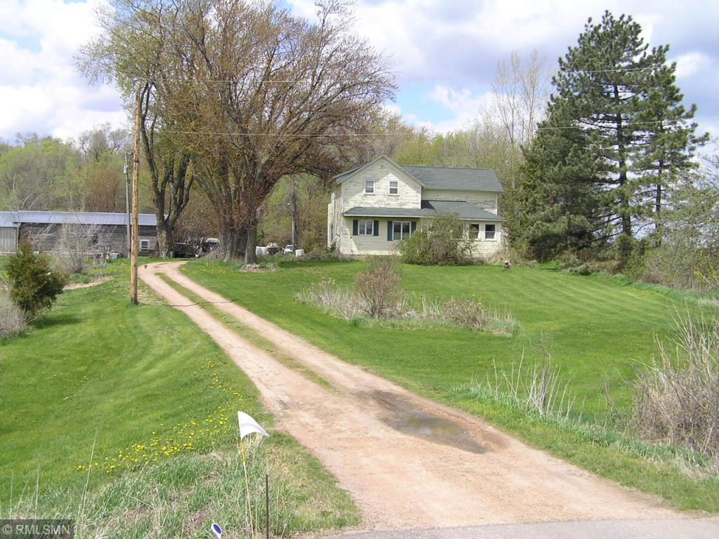 5850 County Road 10 N Property Photo
