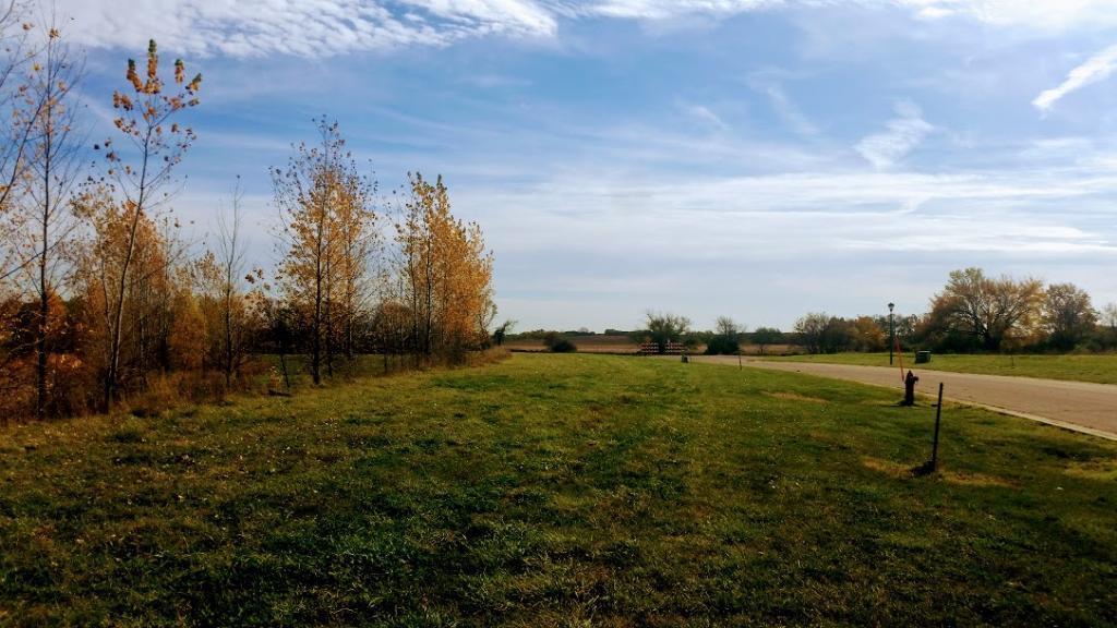 175 Lake Erin Drive Property Photo - Green Isle, MN real estate listing