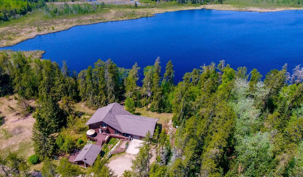 26564 County Road 340 Property Photo - Bigfork, MN real estate listing