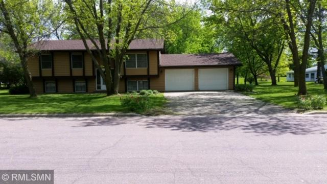 1755 17th Property Photo - Windom, MN real estate listing