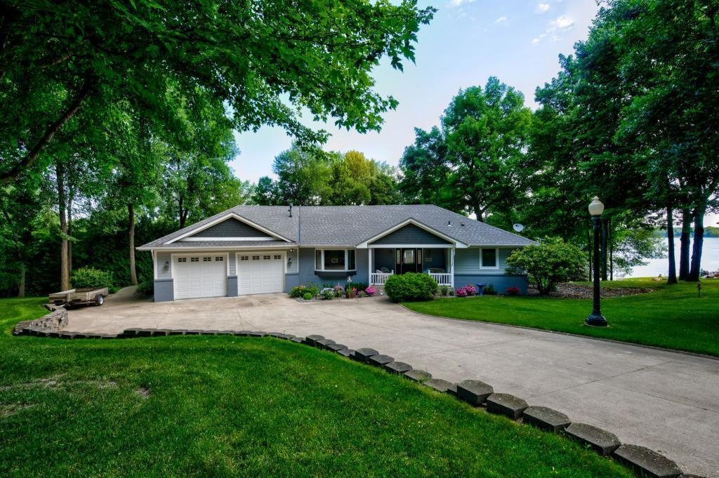 8350 Irvine NW Property Photo - Annandale, MN real estate listing